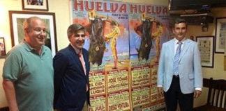 Óscar Polo y Carlos Pereda presentando la Feria en Lisboa.