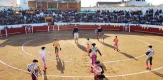 La coqueta plaza de Valverde con su nuevo y polémico callejón.