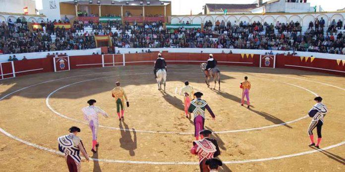 La plaza de Valverde y su polémico callejón.