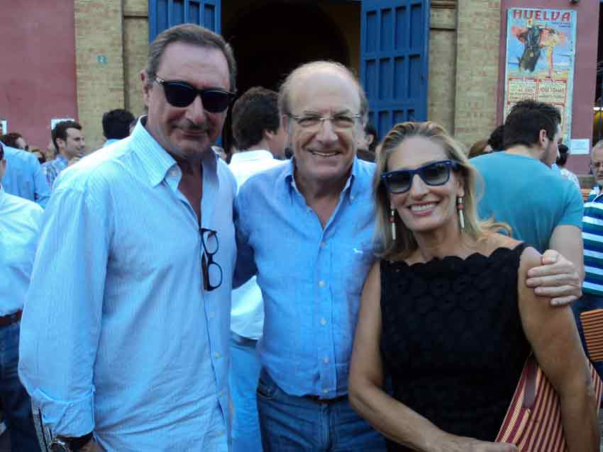 El periodista Carlos Herrera y el alcalde de la ciudad, Pedro Rodríguez.