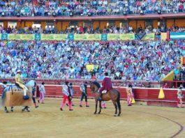 El público ha llenado La Merced en Colombinas. (FOTO: Vicente Medero)