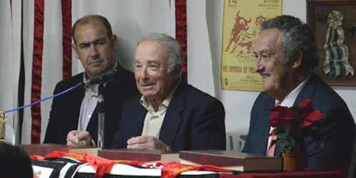 Alonso Sánchez, José Escobar y Jaime Guardiola. (FOTO: Gilberto/devalverde.es)