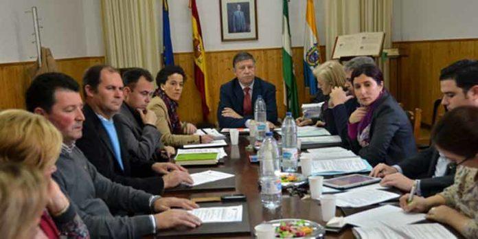 Pleno del Ayuntamiento de Palos. (FOTO: huelvaya.es)
