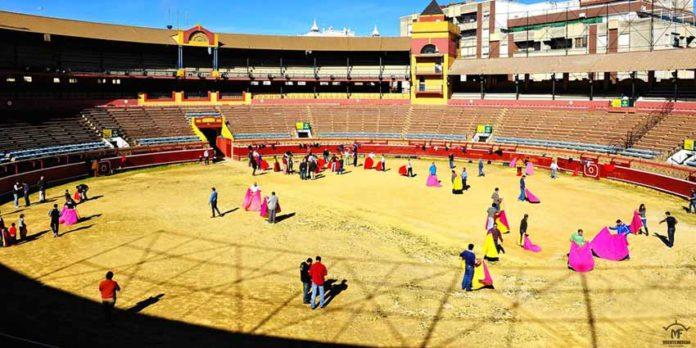 Intensa actividad en la primera jornada de toreo para aficionadoa en La Merced. (FOTO: Vicente Medero)