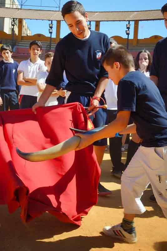 Concurso escolar 'Pinta tu plaza'.