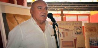 El ganadero y propietario de la plaza de La Merced, José Luis Pereda, explicando hoy el proyecto. (FOTO: Vicente Medero)