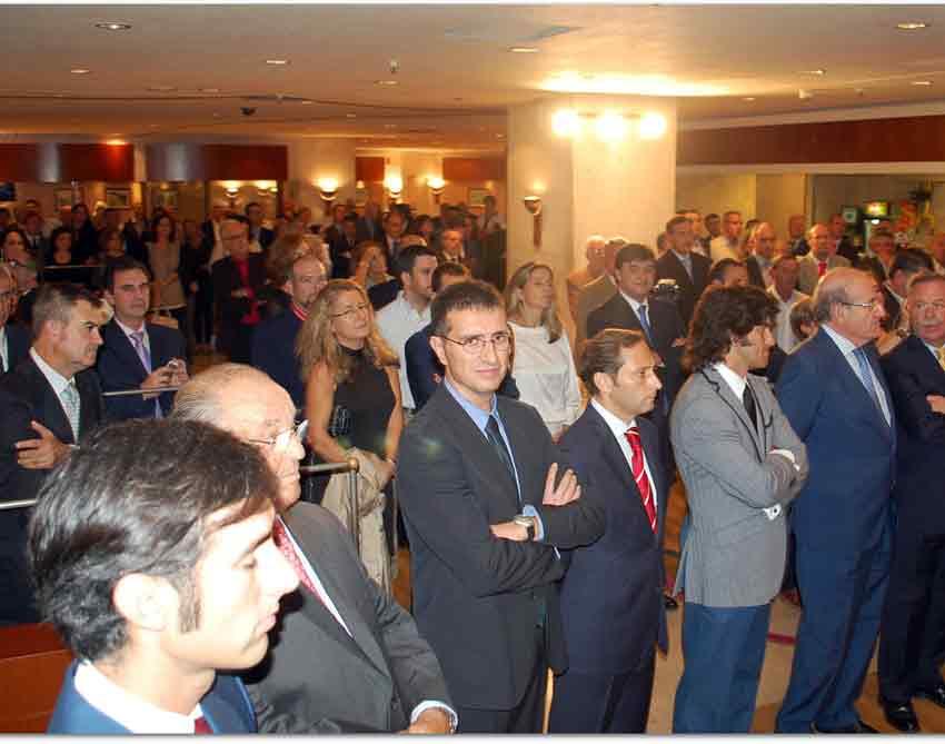 La sala de Hipercor, abarrotada en la gala de los premios 'El Cabezo'.