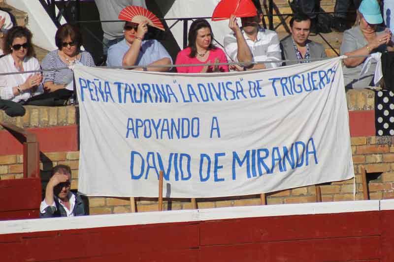 La peña taurina 'La divisa' de Trigueros.
