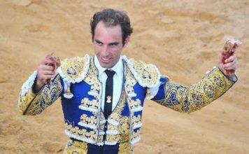 Salvador Cortés, en la corrida de la reciente Feria de Zalamea. (FOTO: Arizmendi)